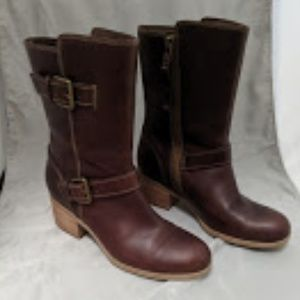 Clark's Brown Leather chunky heel boots.. Sz 8.5!